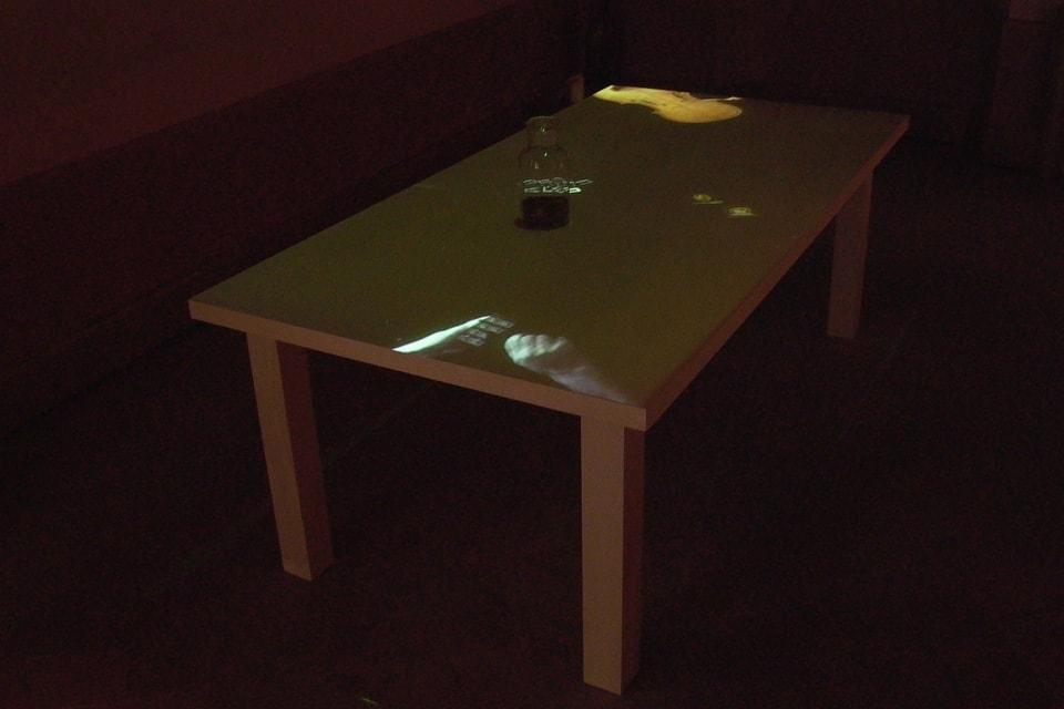 tavolo-del-liutaio-installazione-mutimediale-bianchini-lusiardi-associati-diag-alto2