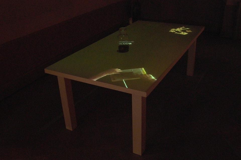 tavolo-del-liutaio-installazione-mutimediale-bianchini-lusiardi-associati-diag-alto7